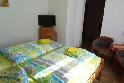 Ferienzimmer mit Doppelbett